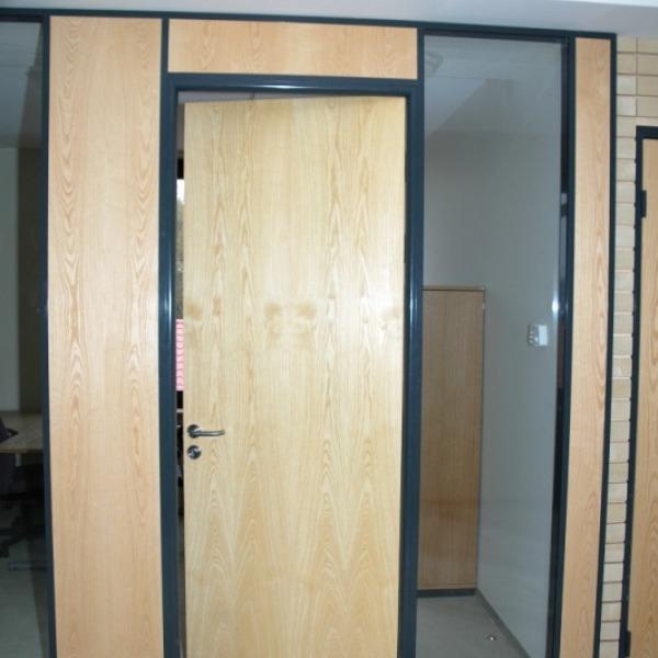 двери в фальш стене фото того, чтобы сделать